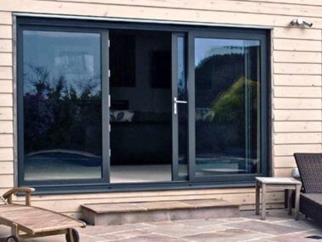 aluminium patio doors, bespoke aluminium patio doors, aluminium patio doors installer, grey doors