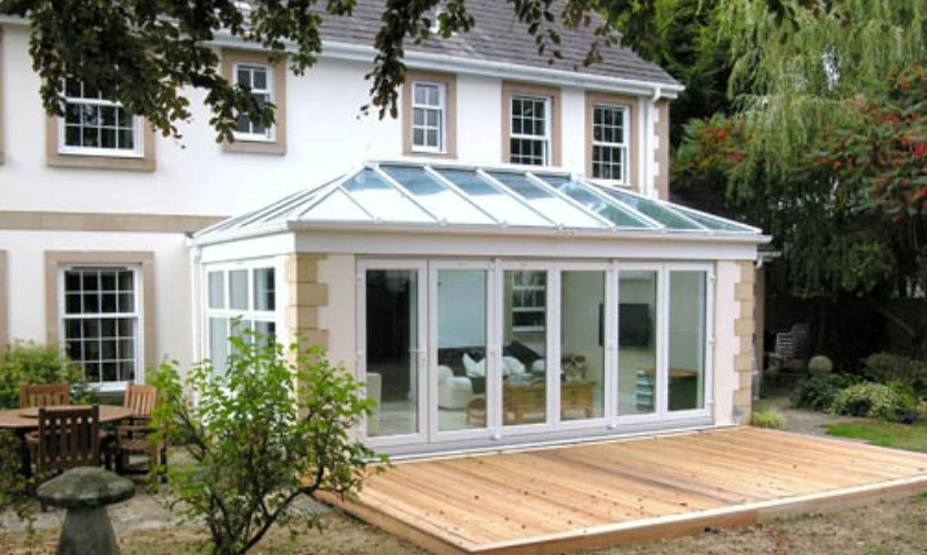 bi-fold doors Nottingham, bespoke bi-fold doors Nottingham, coloured bi-fold doors Nottingham, aluminium bi-fold doors Nottingham, bi-fold doors in Nottingham