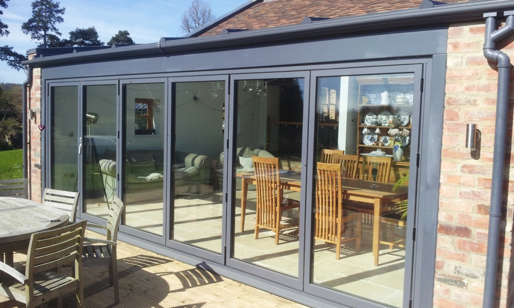 bi-fold doors Nottingham bespoke bi-fold doors Nottingham coloured bi- & Bi-Fold Doors Nottingham | Vivaldi Construction