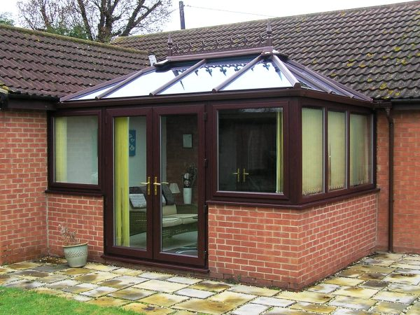 rosewood conservatory designs on bungalows, bungalow rosewood conservatories, bungalow rosewood conservatories with boxgutter, rosewood conservatory design options for bungalows, rosewood conservatory ideas for a bungalow