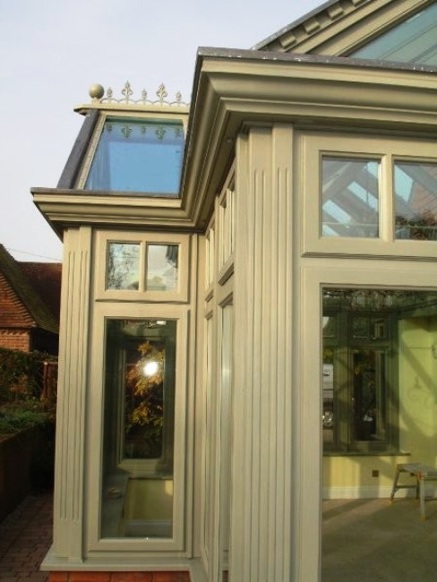 conservatory style, conservatory style options, conservatory decorative options, decorative pillar conservatories