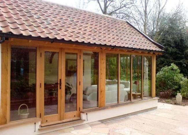 hardwood oak conservatories Leicestershire, hardwood solid roof conservatories in Leicestershire, oak hardwood conservatory Leicestershire, hardwood solid roof conservatory in Leicestershire