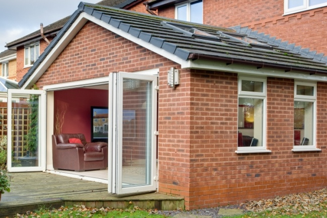 solid roof conservatories lincoln, modern solid roof conservatories lincoln, solid roof conservatory lincoln, solid roof conservatories in lincoln, solid roof conservatory bi fold doors lincoln, brick solid roof conservatory lincoln